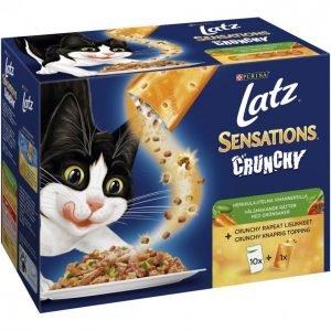 Latz Kissanruoka 10x100g+40g Sensations Crunchy Herkkulajitelma Vihanneksilla